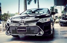 KM Cực lớn khi mua xe Camry 2016 ! Tặng đến 51% phí trước bạ, kèm phụ kiện lớn!!