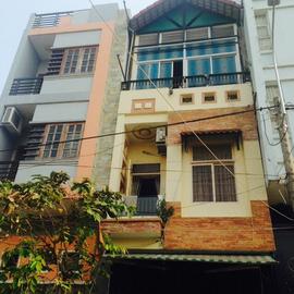 h!!!! Bán nhà đẹp 3,5 tấm MT đường Minh Phụng, P. 9, quận 11. LH:0903. 836. 839