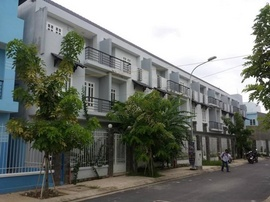 c!!^! Cần Bán Nhà Thô 1 Trệt 2 Lầu Mặt Tiền Đường Số 5, Quận Bình Tân, 2,1