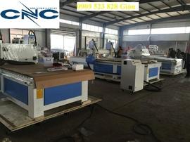 Máy CNC 1 đầu cắt vách ngăn làm quảng cáo, cắt khắc mica