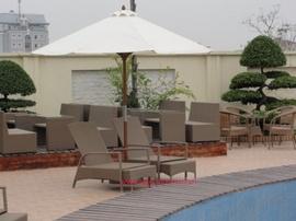 giường tắm nắng bãi biển, quán cà phê sân vườn giá cực rẻ