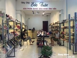 Sang Shop Giày Dép Nữ ngay mặt tiền Chợ Gò Vấp