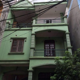 z. ... Bán gấp nhà Phân lô Hoàng Văn Thái 32m2 *4 tầng mới xây. Ô tô quay đầu .