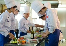 Tuyển sinh ngành nấu ăn
