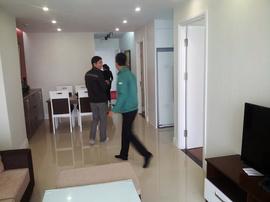 Bán suất ngoại giao chung cư Golden West Lê Văn Thiêm, giá 30. 5 tr/ m2. LH 0