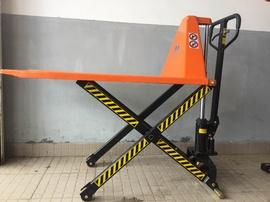 xe nâng tay cao ( hình cây kéo ) 1500kg