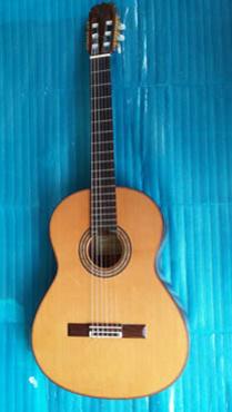 Bán guitar Nhật hiệu Matsouka M 85