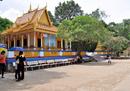 Khám phá bốn ngôi chùa nổi tiếng nhất miền Tây RSN21200