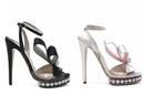 Những mẫu giày 'độc' ở Victoria's Secret Show 2012 NEWS14427