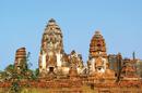 Đền tháp cổ và cánh đồng hướng dương NCAT16_25