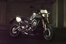 Yamaha giới thiệu FZ-09 phiên bản Street Tracker NEWS21276