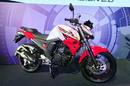 Yamaha trình làng FZ mới giá từ 1.270 USD NEWS21276