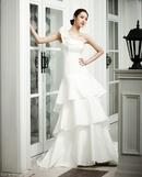 Cách chọn váy cưới lệch vai thật 'chuẩn' RSN3332